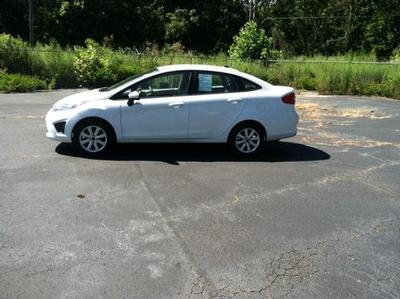 2012 Ford Fiesta SE Sedan for sale in Muscle Shoals for $13,886 with 12,000 miles.