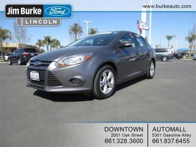 2013 Ford Focus SE Sedan for sale in Bakersfield for $17,845 with 23,737 miles.
