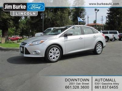 2012 Ford Focus SE Sedan for sale in Bakersfield for $15,900 with 22,868 miles.