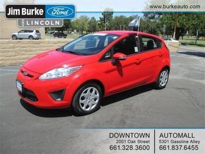 2013 Ford Fiesta SE Hatchback for sale in Bakersfield for $14,640 with 33,292 miles.