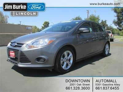 2014 Ford Focus SE Hatchback for sale in Bakersfield for $17,420 with 25,172 miles.