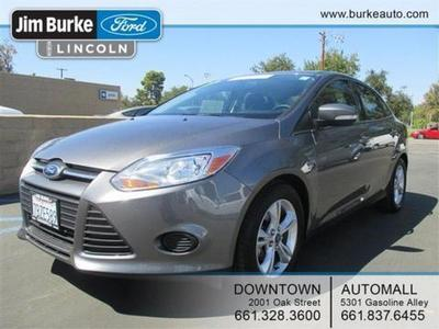 2014 Ford Focus SE Sedan for sale in Bakersfield for $16,805 with 22,670 miles.