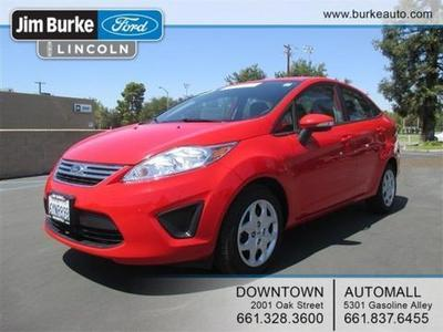 2013 Ford Fiesta SE Sedan for sale in Bakersfield for $14,430 with 20,628 miles.