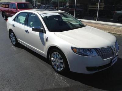 Lincoln MKZ From A Car Lot In Greenville OH