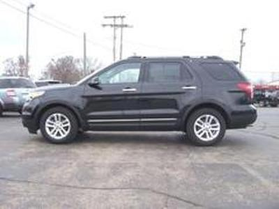 2013 Ford Explorer XLT SUV for sale in Vicksburg for $31,999 with 25,742 miles.