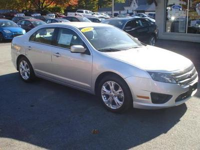 2012 Ford Fusion SE Sedan for sale in Elizabethtown for $16,900 with 32,549 miles.