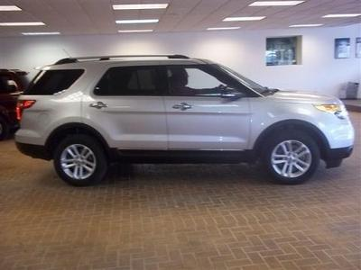2013 Ford Explorer XLT SUV for sale in Escanaba for $33,900 with 18,553 miles.