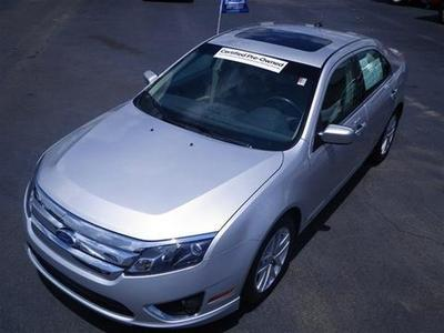 2011 Ford Fusion SEL Sedan for sale in Dunn for $20,000 with 26,954 miles.