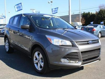 2013 Ford Escape SE SUV for sale in Greensboro for $26,999 with 35,885 miles.