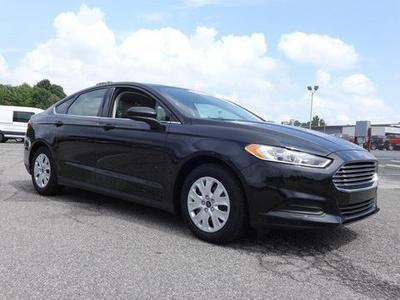 2014 Ford Fusion S Sedan for sale in Greensboro for $21,000 with 7,464 miles.
