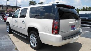2012 GMC Yukon XL SUV for sale in Gainesville for $42,950 with 59,261 miles.