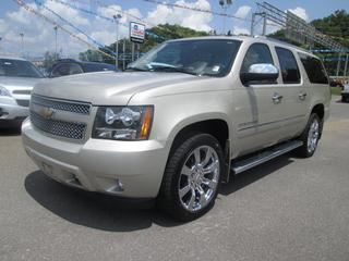 2013 Chevrolet Suburban SUV for sale in Sevierville for $48,995 with 50,446 miles.