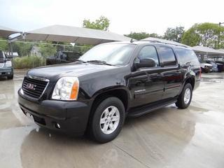 2013 GMC Yukon XL SUV for sale in San Antonio for $35,601 with 34,142 miles.