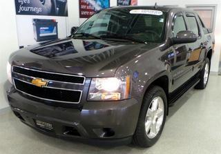 2010 Chevrolet Avalanche Crew Cab Pickup for sale in Medina for $23,500 with 71,753 miles.