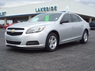 2013 Chevrolet Malibu Sedan for sale in Warsaw for $17,990 with 5,218 miles.