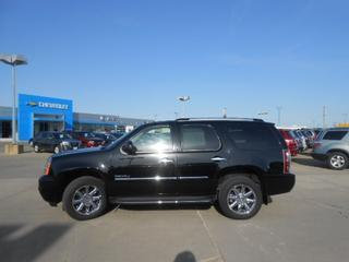 2011 GMC Yukon SUV for sale in Norfolk for $37,450 with 40,706 miles.