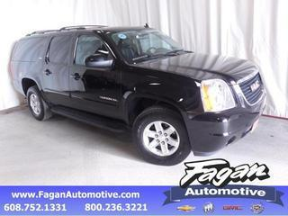 2014 GMC Yukon XL SUV for sale in Janesville for $45,875 with 20,486 miles.