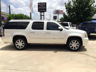 2011 GMC Yukon XL SUV for sale in San Antonio for $39,995 with 56,671 miles.