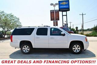 2013 GMC Yukon XL SUV for sale in San Antonio for $36,995 with 25,290 miles.