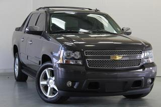 2011 Chevrolet Avalanche Crew Cab Pickup for sale in Beaufort for $31,500 with 53,114 miles.
