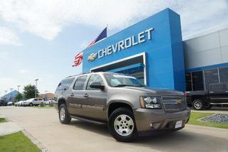 2014 Chevrolet Suburban SUV for sale in Tyler for $46,000 with 25,547 miles.