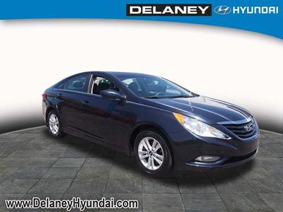 2013 Hyundai Sonata GLS Sedan for sale in Indiana for $16,488 with 21,690 miles.