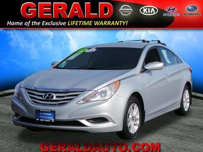 2012 Hyundai Sonata GLS Sedan for sale in North Aurora for $14,681 with 44,089 miles.