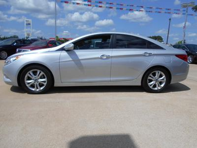 2011 Hyundai Sonata Limited Sedan for sale in Nacogdoches for $18,995 with 43,526 miles.