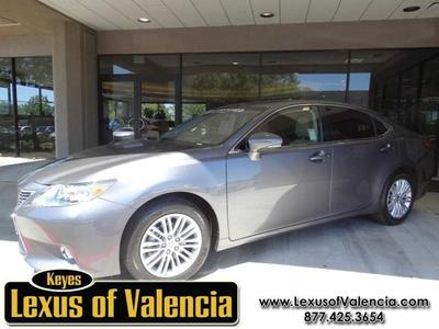2013 Lexus ES 350 Base Sedan for sale in Valencia for $33,995 with 22,134 miles.