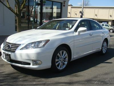 2011 Lexus ES 350 Base Sedan for sale in Englewood for $28,950 with 23,437 miles.