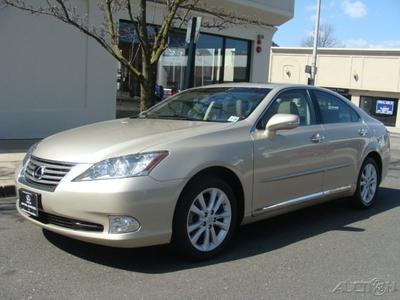 2011 Lexus ES 350 Base Sedan for sale in Englewood for $26,950 with 17,079 miles.