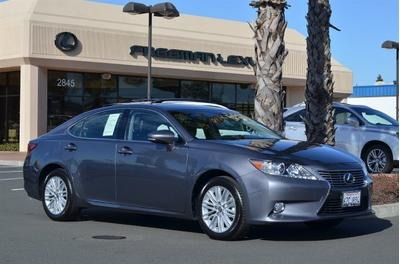2013 Lexus ES 350 Base Sedan for sale in Santa Rosa for $37,975 with 7,919 miles.