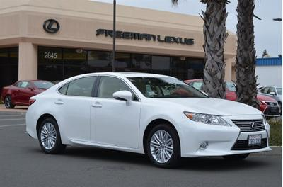2013 Lexus ES 350 Base Sedan for sale in Santa Rosa for $38,975 with 11,287 miles.
