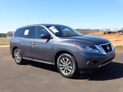 2013 Nissan Pathfinder S SUV for sale in Enterprise for $27,420 with 15,272 miles.