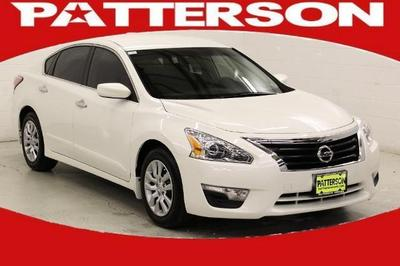2013 Nissan Altima 2.5 S Sedan for sale in Longview for $20,995 with 22,184 miles.