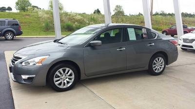 2014 Nissan Altima 2.5 S Sedan for sale in Grenada for $20,500 with 19,784 miles.