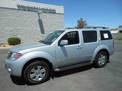 2011 Nissan Pathfinder Silver SUV for sale in Palmdale for $27,954 with 26,829 miles.