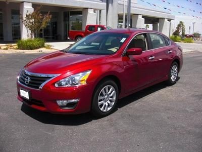 2014 Nissan Altima Sedan for sale in Palmdale for $20,484 with 18,355 miles.