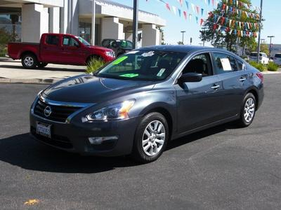 2013 Nissan Altima 2.5 S Sedan for sale in Palmdale for $17,523 with 32,058 miles.