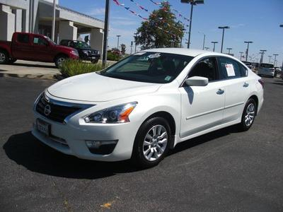 2014 Nissan Altima 2.5 S Sedan for sale in Palmdale for $18,999 with 8,815 miles.