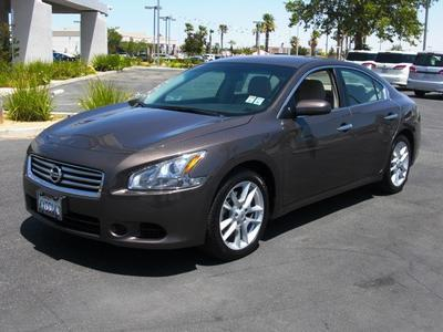 2013 Nissan Maxima S Sedan for sale in Palmdale for $20,994 with 37,986 miles.