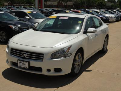 2010 Nissan Maxima SV Sedan for sale in Cedar Rapids for $19,950 with 28,888 miles.