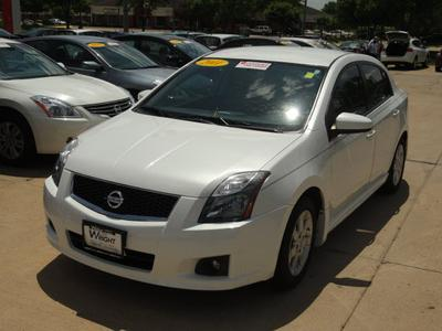 2011 Nissan Sentra 2.0 SR Sedan for sale in Cedar Rapids for $15,950 with 34,173 miles.