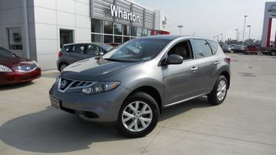2013 Nissan Murano S SUV for sale in Parkersburg for $22,000 with 26,303 miles.