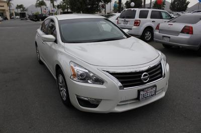 2013 Nissan Altima 2.5 S Sedan for sale in Hemet for $21,995 with 17,852 miles.
