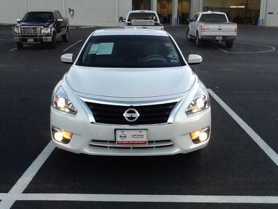 2013 Nissan Altima 2.5 SL Sedan for sale in San Angelo for $21,988 with 17,534 miles.