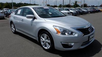2013 Nissan Altima 2.5 Sedan for sale in Sanford for $19,800 with 25,664 miles.