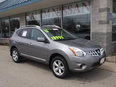 2011 Nissan Rogue SV SUV for sale in Salem for $18,995 with 32,862 miles.