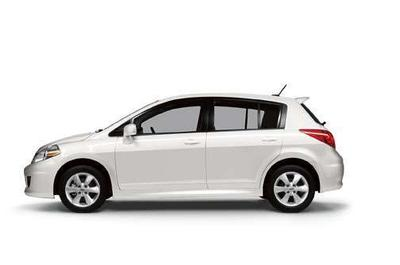 2011 Nissan Versa 1.8 S Hatchback for sale in Port Angeles for $13,995 with 17,319 miles.