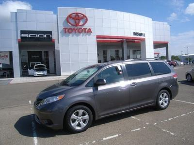 2013 Toyota Sienna Minivan for sale in Roswell for $24,500 with 41,543 miles.
